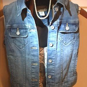 Jean jacket/ jean vest